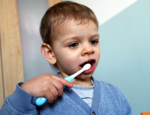 Good dental health with Sensodyne Pronamel for Children